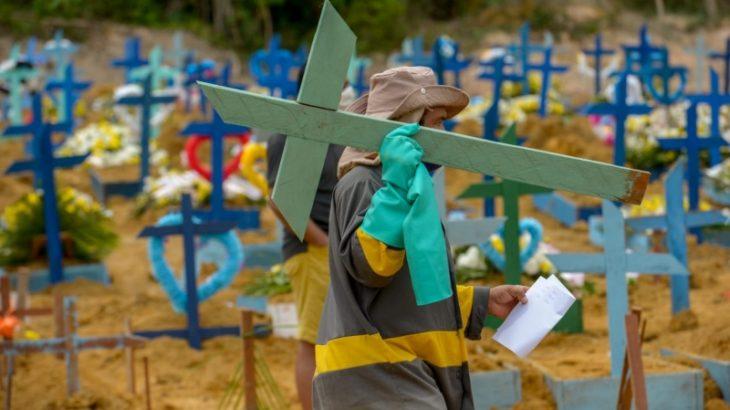 Foram 122 sepultamentos e nenhuma cremação registrada - foto: Alex Pazuello/Secom
