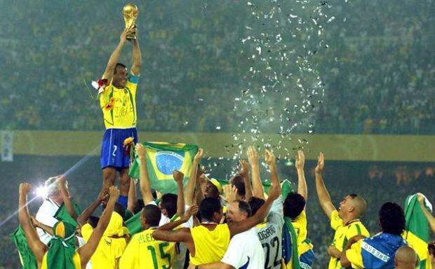 A seleção brasileira venceu a Copa do Mundo em 2002 por 2x 0 contra a Alemanha - foto: reprodução