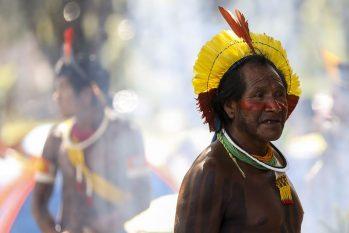 Índios comercializam chocolate feito com cacau e transformado em barra - foto: Agência Brasil