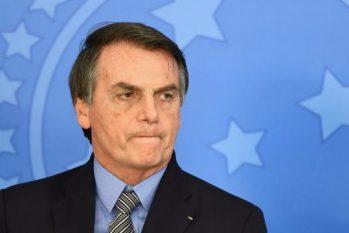 A postagem de Bolsonaro cita ainda o pedido da Polícia Federal ao ministro Celso de Mello de mais 30 dias para concluir o inquérito que apura se Bolsonaro interferiu na corporação. (Foto: Reprodução/ Reuters)