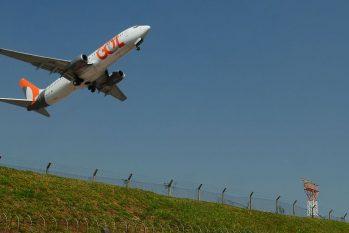 Avião decola no aeroporto de Congonhas - Foto: Rovena Rosa / Agência Brasil