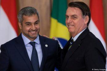 O presidente do Paraguai, Mario Abdo Benitez, ouviu as palavras de Bolsonaro mas, por precaução, decidiu não ceder aos pedidos do presidente do Brasil (Reprodução/Gazeta do Povo)