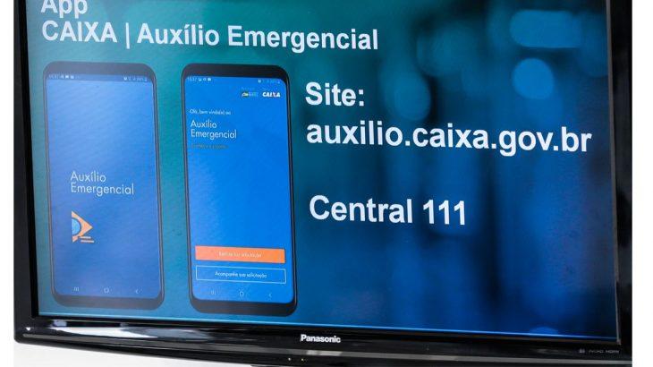 Aplicativo CAIXA Auxílio Emergencial (© Marcello Casal JrAgência Brasil)