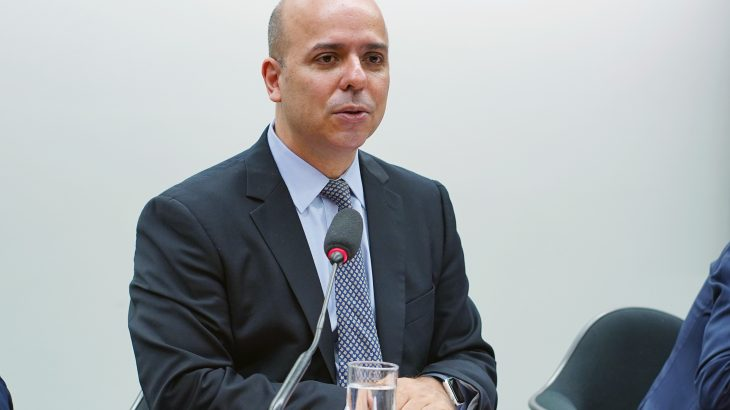 O secretário Carlos da Costa ressaltou que a equipe econômica não estuda somente a continuidade do auxílio emergencial, mas de outras ações tomadas pelo governo, sem detalhar quais programas. (Divulgação)