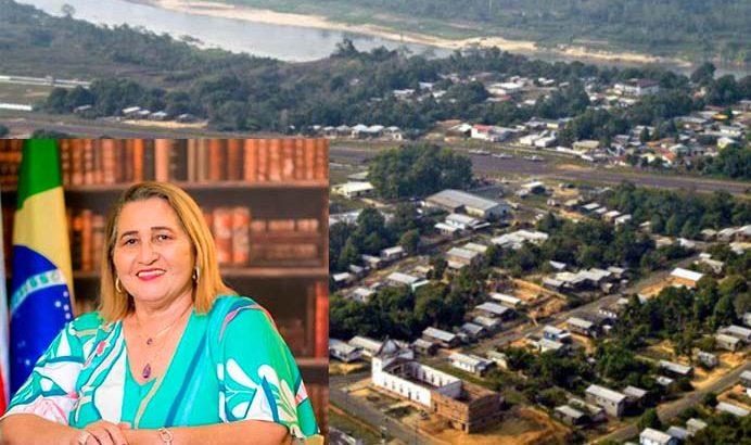 Prefeita Eliana de Oliveira Amorim (PMDB) foi processada por não prestar contas de recursos federais destinados à educação em Pauiní, no AM (Divulgação)