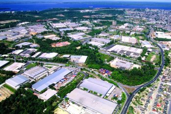 Parque industrial de Manaus concentra um conjunto de fábricas que respondem por grande parte da economia do norte do país e é um dos principais indutores de proteção à floresta (Reprodução/Internet)