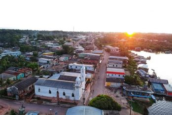 Vista aérea do município de Alvarães. (Fabiano Lima)