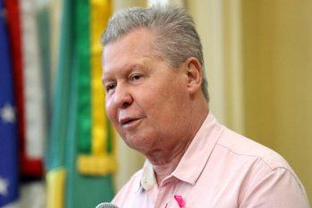 Arthur Neto critica ministro da Educação e diz que MP sobre reitores é ataque à democracia