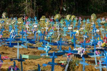 Cemitério em Manaus bateu recorde de enterros no início da pandemia. (Divulgação/ Semcom)