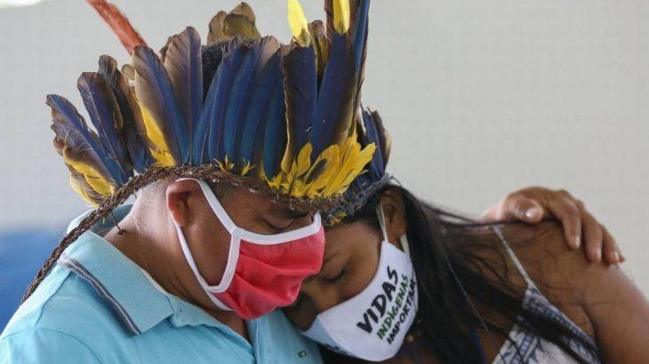 Segundo dados da Articulação dos Povos Indígenas do Brasil, até essa terça-feira, 7, o País registrava 12.048 indígenas infectados pela Covid-19, com 445 mortes (Divulgação)