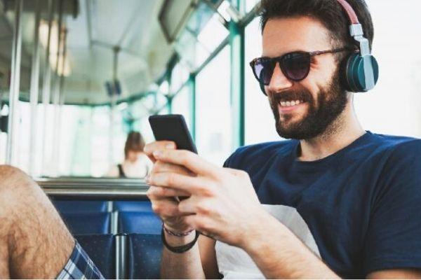 Com 68% de acessos no País, Norte é a região que mais procura música e podcasts, diz pesquisa