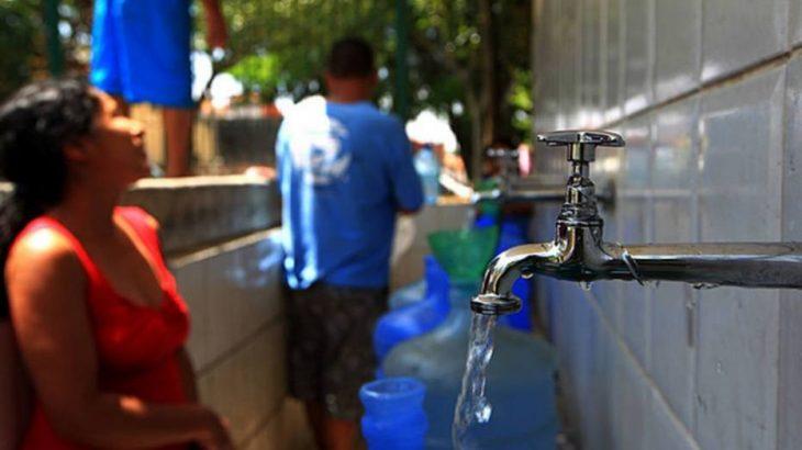 7,5 milhões de residências das regiões Norte e Nordeste não tem acesso a água encanada. (Hélvio Romero/Estadão)