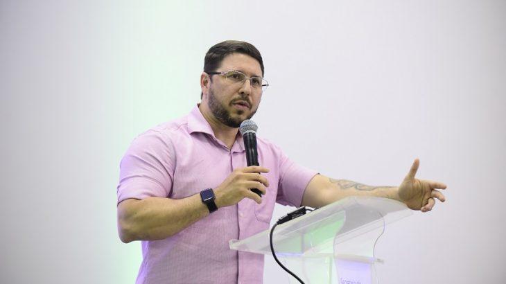 Na decisão, favorável a Carlos Almeida, o desembargador sustentou os decretos, não remanejavam servidores, mas sim os cargos. (Tácio Melo/Secom)