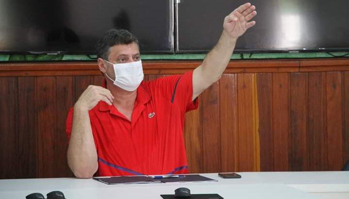 Prefeito Bruno Ramalho, no entanto, prorrogou a suspensão de outras medidas de combate ao novo Coronavírus. (Divulgação)