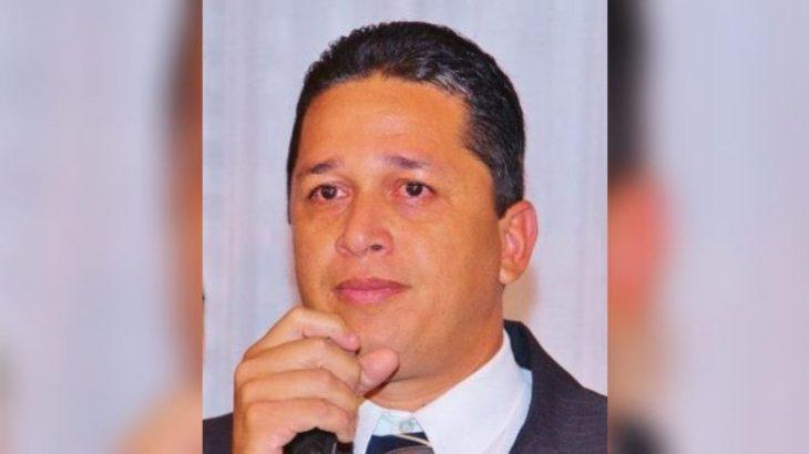 Ex-prefeito Carlos Gonçalves de Sousa teve contas reprovadas pelo TCE-AM. (Reprodução/ internet)