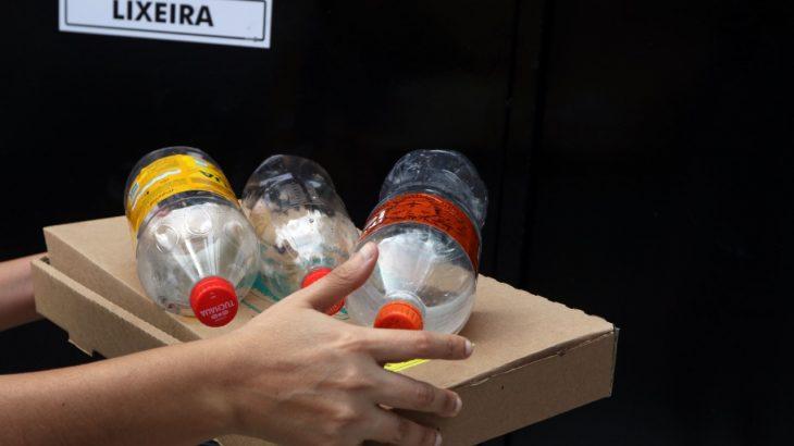 Segundo dados da ONU, aproximadamente 8,8 milhões de toneladas de plástico, são descartadas nos oceanos anualmente. (Ricardo Oliveira/Revista Cenarium)