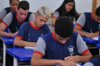 Pais de alunos e professores divergem sobre retorno das aulas presenciais no Amazonas