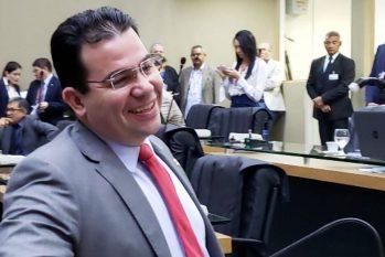 Wilker Barreto: ironia no discurso contrário ao projeto que cria a Delegacia de Combate à Corrupção (ALE/AM)