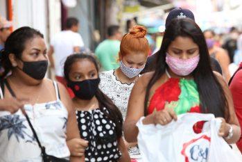 A pandemia não mostra sinais de desaceleração (Reprodução/ Internet)