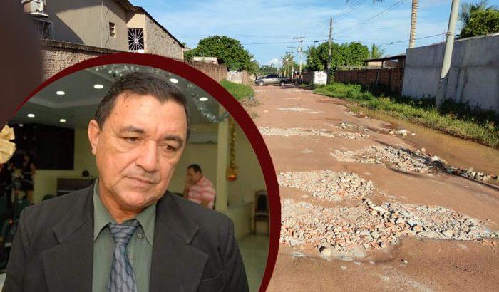 Enquanto a cidade está 'tomada por buracos', o prefeito Antonio Peixoto (PT) destina R$ 1,2 milhão para renovar a mobília do próprio gabinete e de seus secretários (Reprodução/Internet)