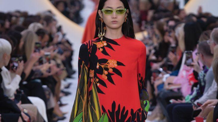 'Novo normal': a moda busca refúgio em itens clássicos e atemporais misturado ao apelo sustentável (Divulgação Fendi/Revista Cenarium)
