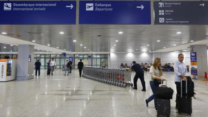 Profissionais de algumas empresas aéreas afirmaram que serão demitidos nos próximos dias (Reprodução/Internet)