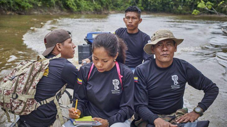 Integrantes da guarda indígena ambiental durante a 'patrulha' de rotina. Foto: Pablo Albarenga