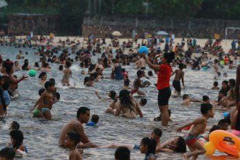 Aglomeração Praia da Ponta Negra, 02/08/2020 (Ricardo Oliveira – Agência Cenarium)