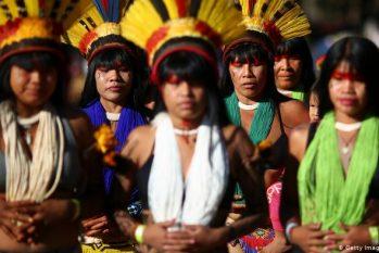 """Com a temática """"Cura da Terra"""", lideranças de todos os continentes vão realizar um ritual  para curar enfermidades que consomem o planeta. (Getty Images/S. Lima)"""