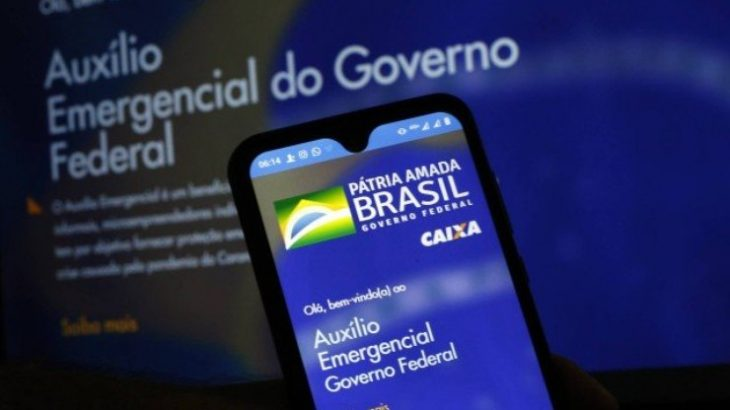 Mesmo com patrimônio superior a R$ 1 milhão, postulantes a prefeituras municipais estão na lista de beneficiários das parcelas distribuídas aos mais vulneráveis em função da pandemia (Reprodução/ Agência O Globo)