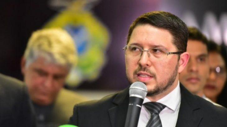 Conhecedor do Direito, Carlos Almeida usou métodos nada ortodoxos para manter cargos de assessores (Secom)