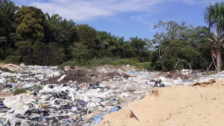 Descarte clandestino de lixo na área do PIM de Manaus é ignorado pelo poder público do Estado (Divulgação/Assessoria)