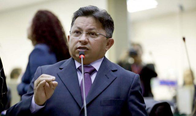Presidente do PT, Sinésio Campos anuncia 628 candidaturas do partido no Amazonas