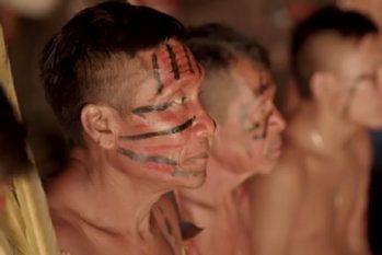 Somente no Amazonas, são 480 Yanomami com a Covid-19. Desses, 430 dos infectados foram registrados em Terras Indígenas (Reprodução/Instituto Socioambiental)