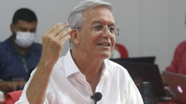 'Posto de saúde tem que ter tomógrafo', diz Romero Reis sobre câncer de mama