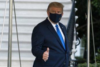 Apesar de estar internado, Trump não passou o exercício do cargo para o vice-presidente Mike Pence (AP Photo/Alex Brandon)