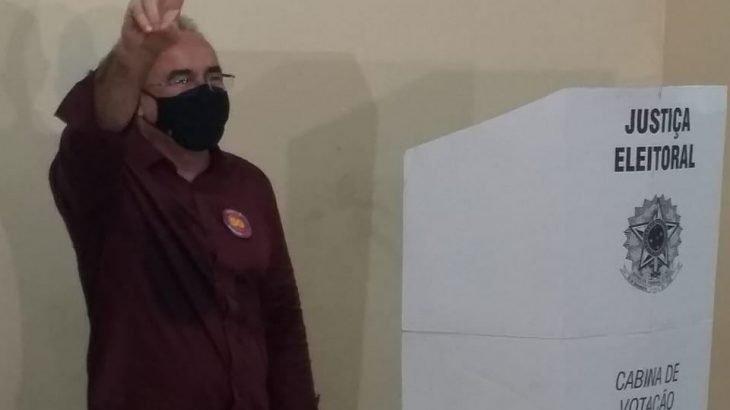 Edmilson Rodrigues vai governar Belém (PA) pela terceira vez.