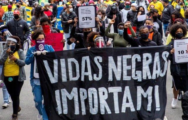 Ato Antirracista e Antifascista da sociedade civil contra o governo do presidente Jair Bolsonaro na Avenida Paulista. (Felipe Campos Melo/Reprodução)