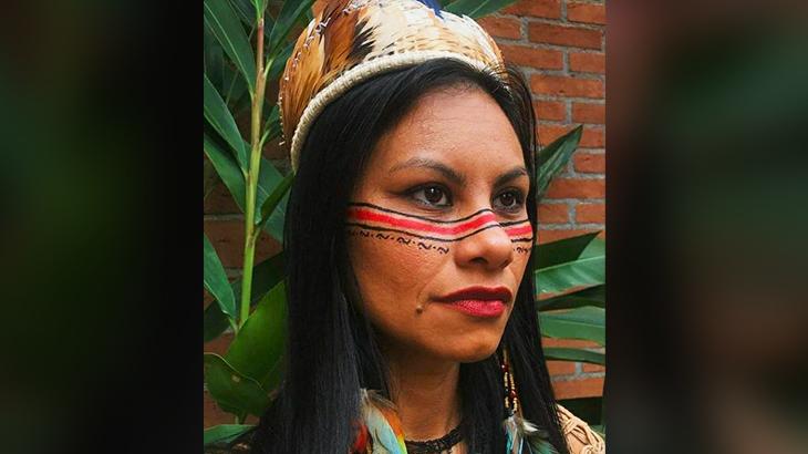 Márcia Kambeba é poeta, compositora, escritora de assuntos indígenas e ambientais, amazônicos, além de professora e atriz (Reprodução/ Internet)