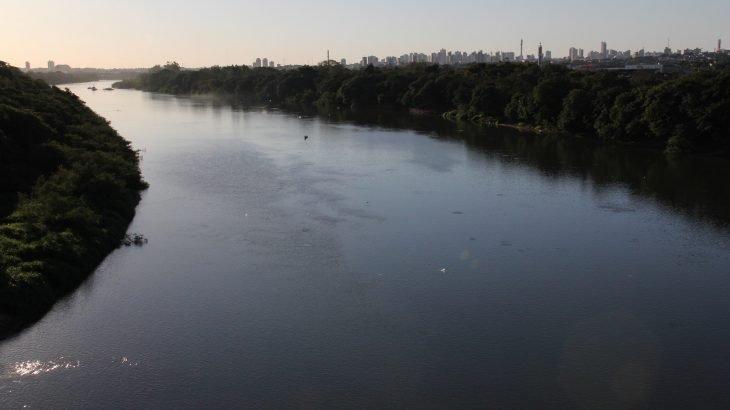 O rio Cuiabá é um curso de água que fica no estado de Mato Grosso, Brasil, e possui grande importância histórica em seu estado, e onde já foi servido como principal fonte de ligação do Mato Grosso para o Centro-Sul do Brasil (Divulgação)