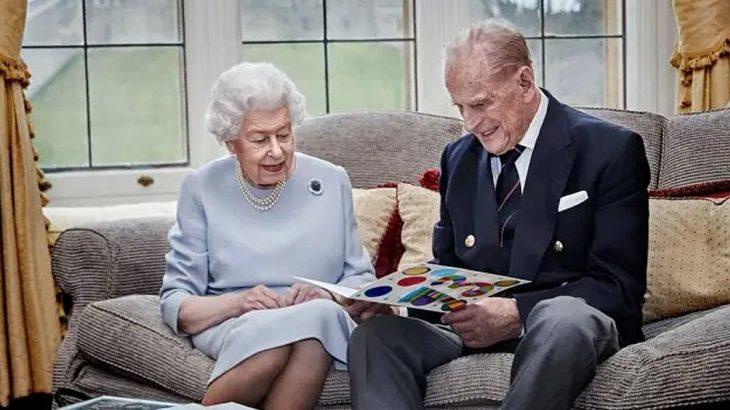 Rainha Elizabeth II e o seu marido, príncipe Philip (Reprodução/ Internet)