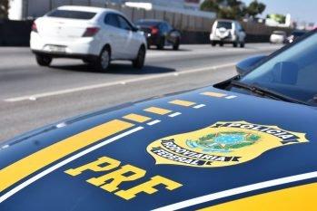 A ideia é sensibilizar motoristas e pedestres sobre respeito às leis de trânsito. (Divulgação/PRF)