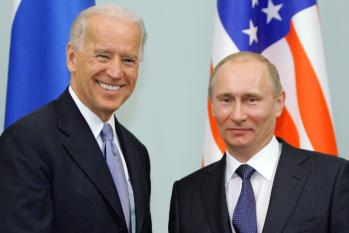 Moscou despacha submarinos contra exercício da Otan após Biden chamar Putin de assassino (Alexey Druzhinin/POOL/AFP)
