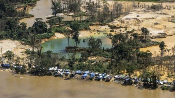 Invasão de garimpeiros representa perigo constante a povos indígenas (Reprodução/G1)