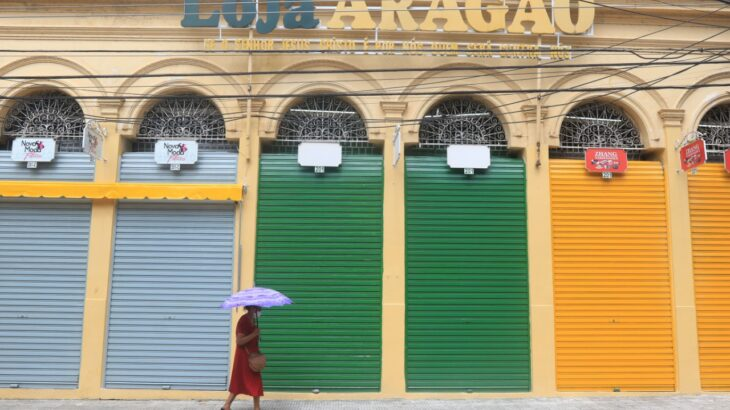 A necessidade de isolamento social para conter a pandemia, derrubou setores da economia, como o comércio, e aumentou o desemprego (Ricardo Oliveira/Revista Cenarium)