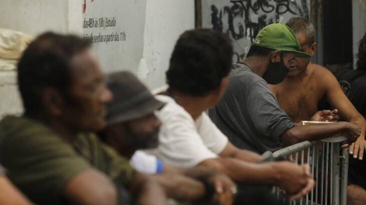 Drama do desemprego aumentou a taxa de pobreza no Brasil (Antônio Scorza/ Agência O Globo)