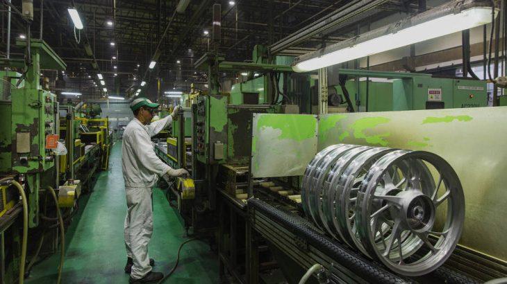 Linha de montagem de motos na fábrica da Honda no Polo Industrial de Manaus (PIM) da Zona Franca Manaus (Lalo de Almeida/Folhapress)