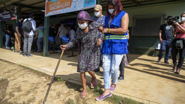 famílias do povo indígena pankararu lutam na Justiça para conseguir o direito à vacinação contra a Covid-19. (Danilo Verpa/Folhapress)