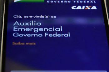 Banco conclui pagamento da segunda parcela a informais (Marcello Casal Jr./Agência Brasil)