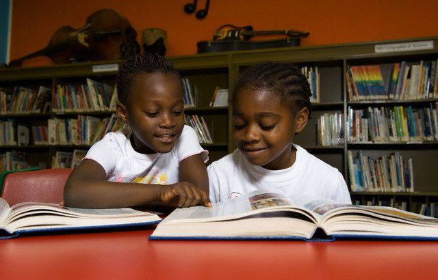 Diálogo quer debater o uso da internet pelas crianças (Reprodução/ Brian Summers/First Light/Corbis)